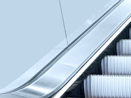 Tugela escalator - Aesthetic lights: Skirt band or balustrade