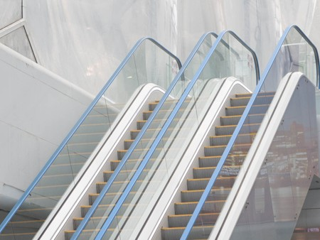 Tugela escalator - Striking handrails