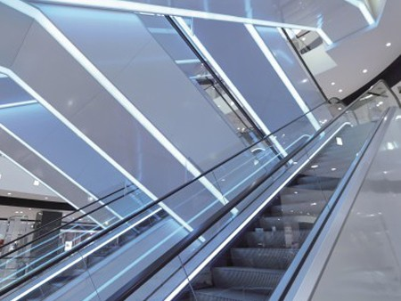 Tugela escalator - Aesthetical lights: Soffit cladding