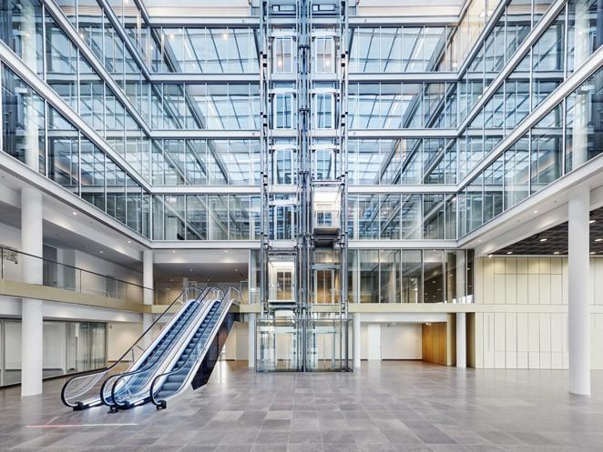 Velino - Escaleras mecánicas de thyssenkrupp