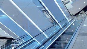 Folleto iluminación escaleras mecánicas