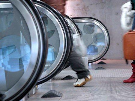 victoria escalator - newel