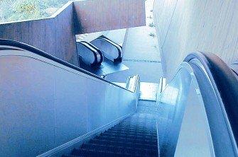 tugela - Las escaleras mecánicas para las zonas más concurridas