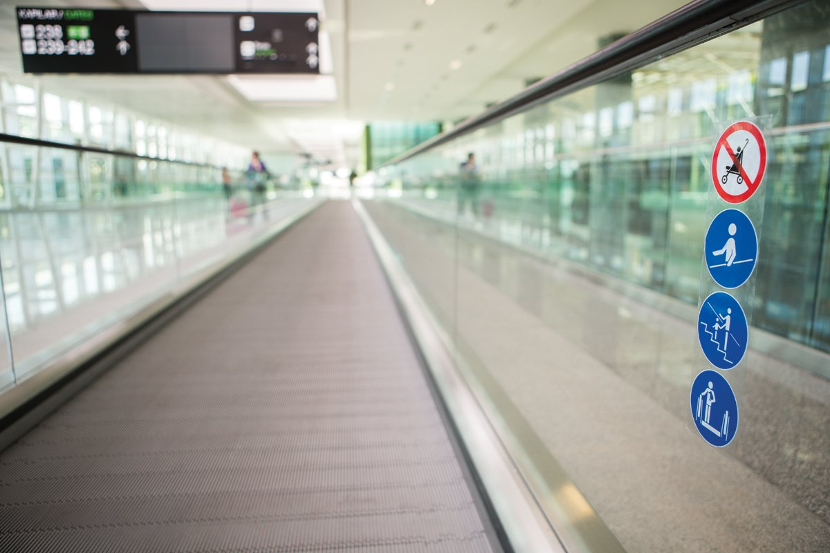 12-mm-thick glass balustrade