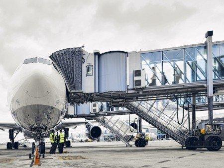 Passenger boarding bridges | thyssenkrupp Elevator